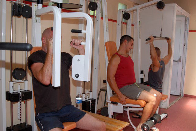 Camping on the beach in the 34 near Montpellier can build muscle during the (...)